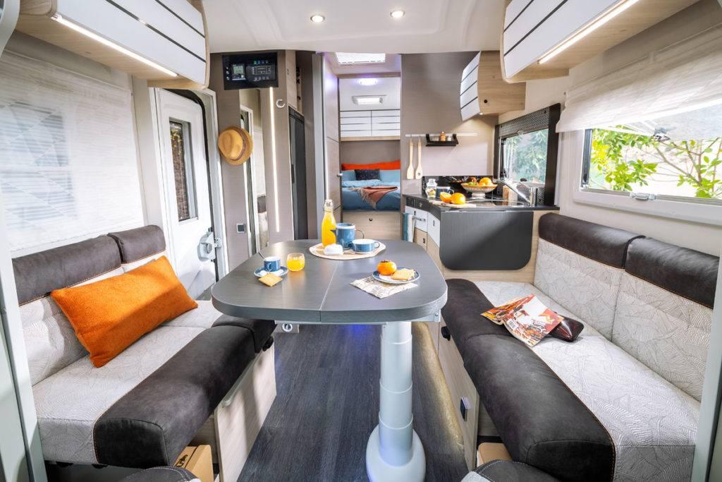 série printemps 2021 salon camping car 328